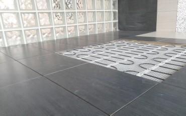 A BVF H-MAT elektromos fűtőszőnyeg vastagsága miatt padlószint emelkedés nélkül alakítható ki önálló padlófűtés